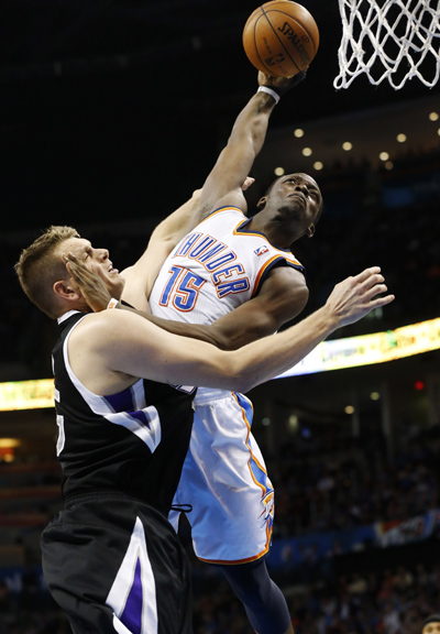 Thunder clinch West's top seed - Sports - China Daily Asia