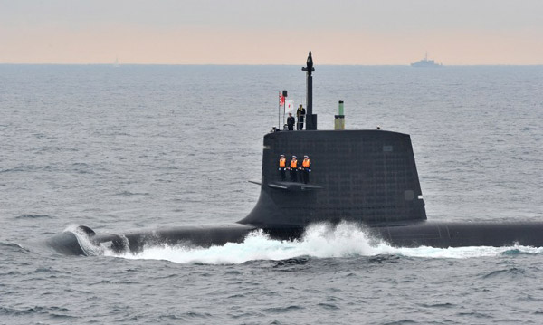 Australia 'to buy Japanese submarines'