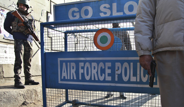 4 gunmen, 2 troops dead in attack on India air base