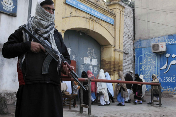 Pak Taliban vow more school attacks in video